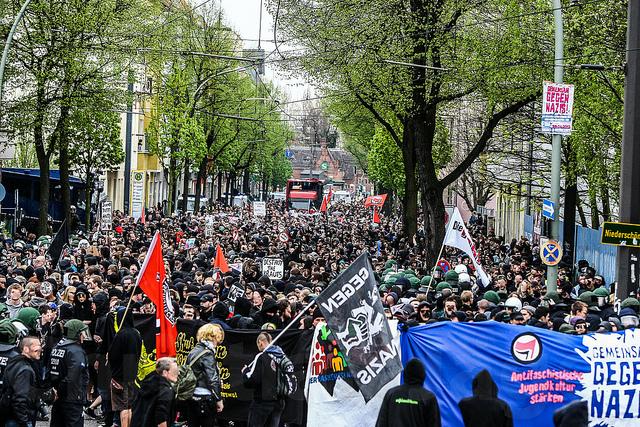 4.000 auf Antifa-Demo in Schöneweide